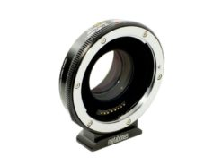 metabones_canon_ef_-_micro_43_t_speed_booster_ultra_071x